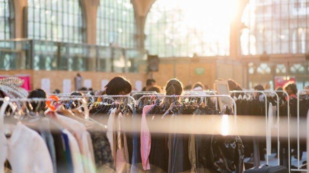Cinquième exemple pour acheter ses vêtements en seconde-main : les vide-dressings éphémères